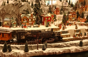2. Gingerbread Train
