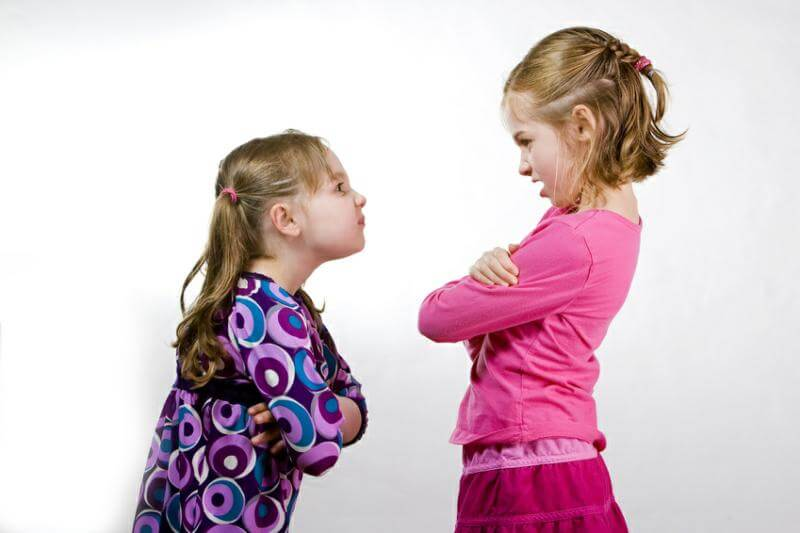 little girls arguing