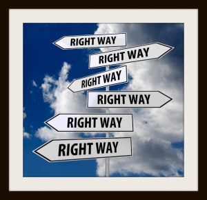photodune-4691330-road-sign-white-with-words-right-way-xs